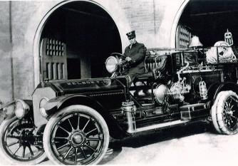A 1921 LaFrance Soda Acid Engine